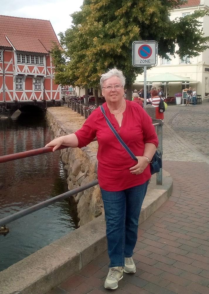 Carla bij de brug